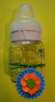 Eepples MilkCharm on no-neck bottle