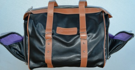 Maddy breast pump bag side compartments