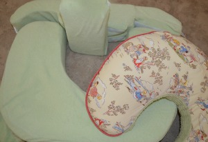 Nursing pillow for twins