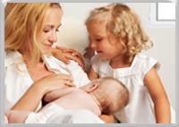 Tandem breastfeeding siblings