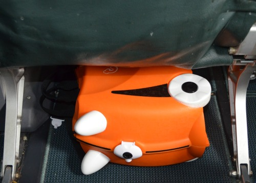 Trunki even fits under the seat